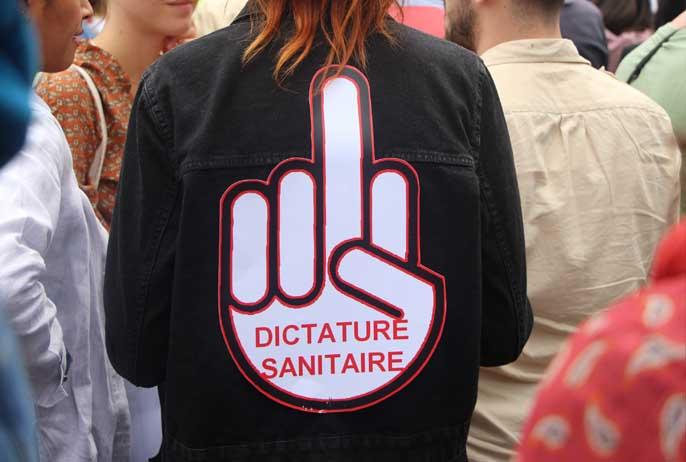 dictature sanitaire manifestation